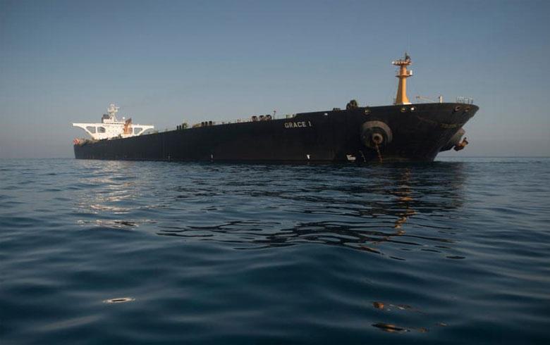 العدل الأمريكية تصدر مذكرة لتوقيف ناقلة النفط الإيرانية