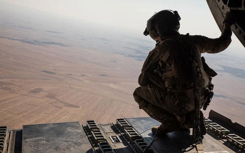 بريطانيا وفرنسا توافقان على إرسال قوات إضافية إلى سوريا