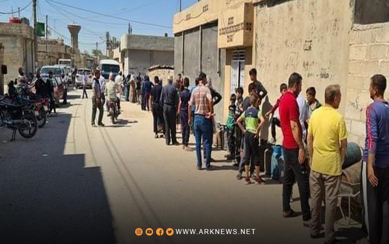 بالصور.. أزمة الغاز في حي الهلالية بمدينة قامشلو