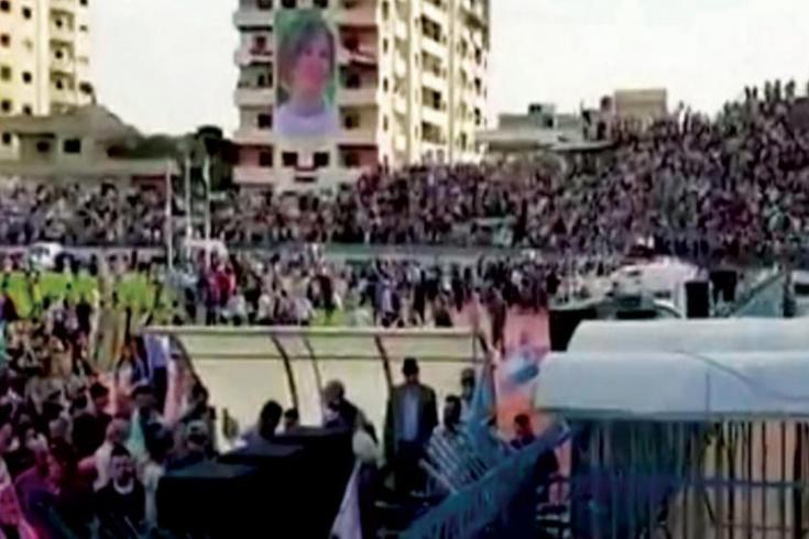 حضور غير مسبوق لصور أسماء الأسد