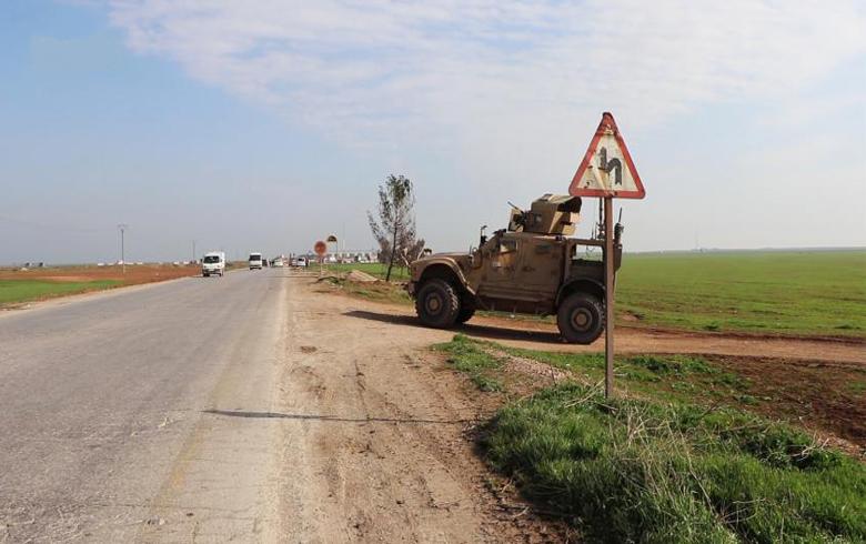 مدرعات أمريكية تتبع دورية روسية شمال الحسكة