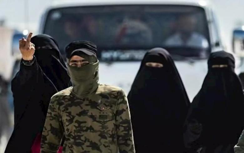 انتهاكات نساء داعش