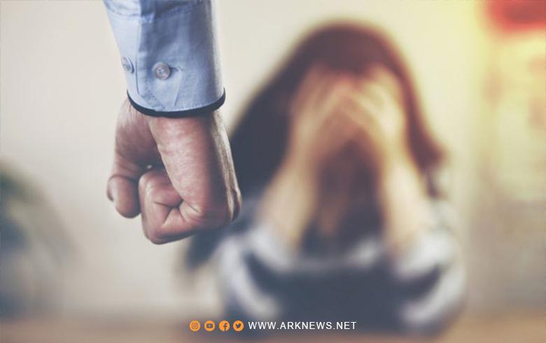 """العنف الأسري """"جائحة ظل"""" تجتاح العالم في زمن كورونا"""