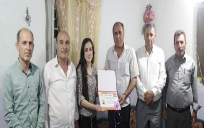 PDK-S يكرّم متخرّجي الجامعات والمعاهد في كوردستان
