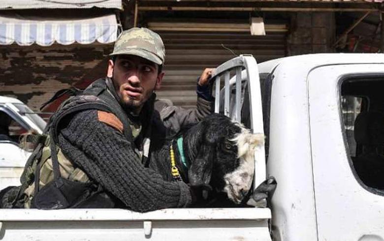 إصابات نتيجة اشتباكات بين المسلحين والمدنيين في هذه القرية بكوردستان سوريا