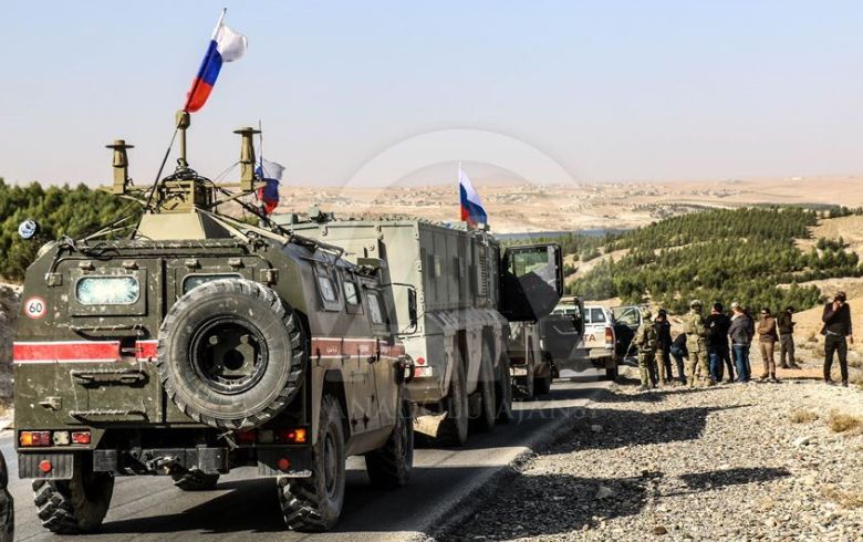 In Syria, the Russian military police take possession of an old US base
