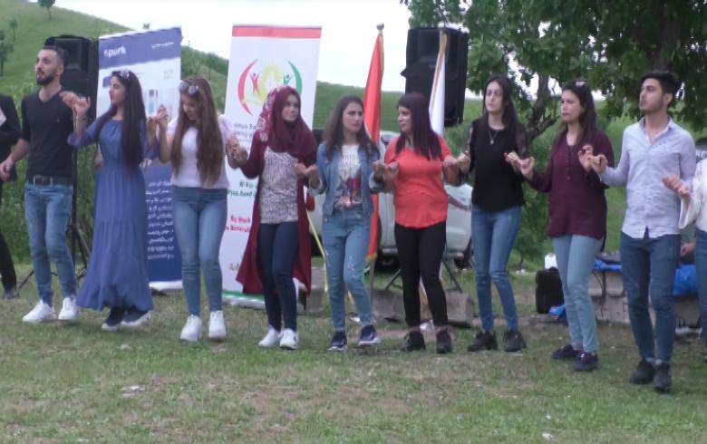 اتحاد الطلبة والشباب الديمقراطي تنظم رحلة ترفيهية لطلاب كوردستان سوريا في اقليم كوردستان