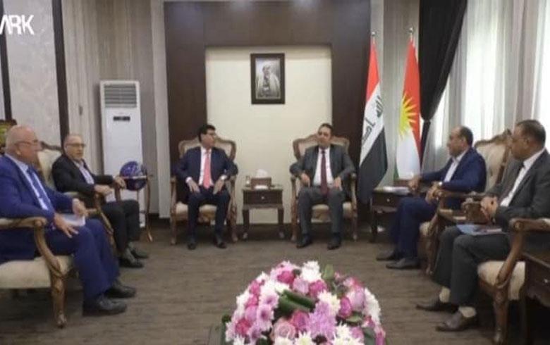 Şandeke ENKSê  bi Wezîrê Perwerdeya Kurdistanê re civiya