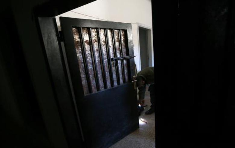 منظمات دولية: 7 آلاف امرأة سورية في سجون النظام