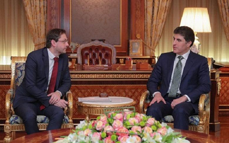 Komara Çîk dixwaza vekirina nûneratiya Kurdistanê li Pirag dike