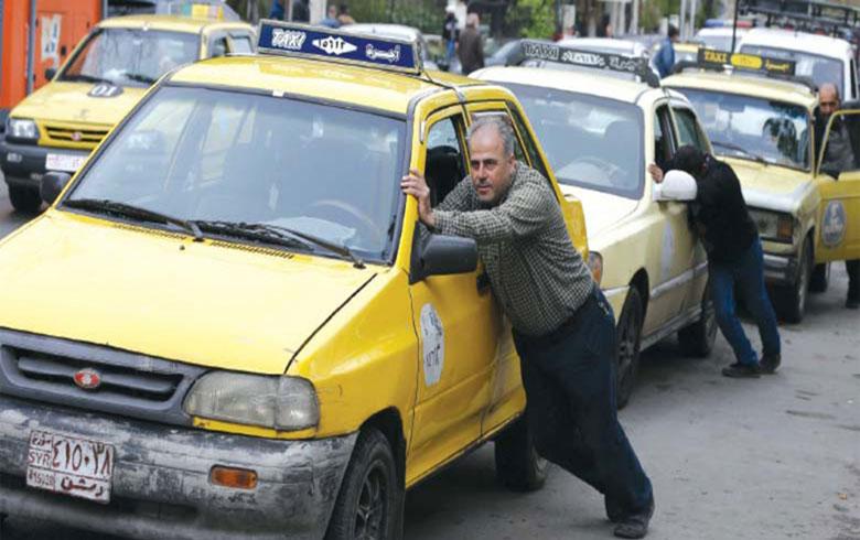 أزمة محروقات خانقة  في مناطق سيطرة النظام