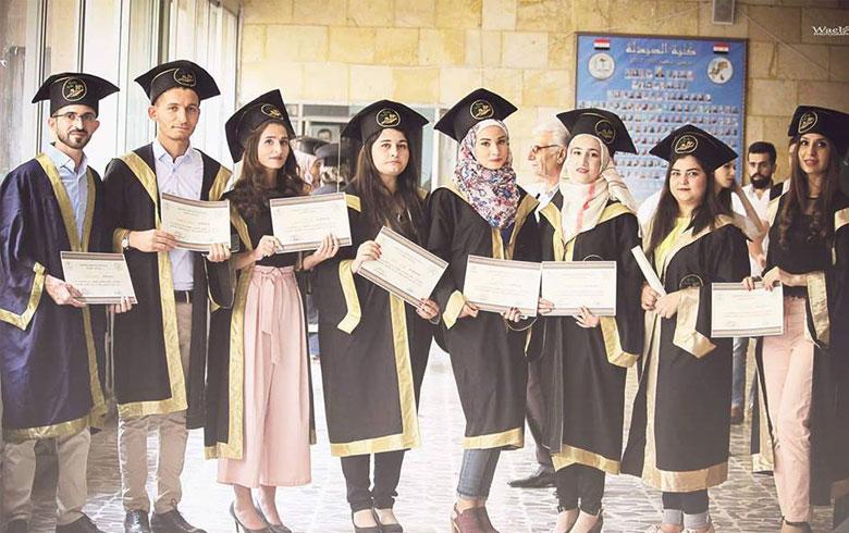 حلب .. تخرّج عدد من كورد عفرين من كلية الصيدلة