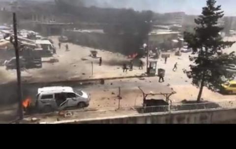 اشتباكات بين فصيلين مسلحين وانفجاران في مركز مدينة عفرين