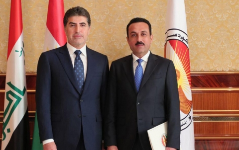 The governor of Erbil takes the legal oath in front of the President of the Kurdistan Region