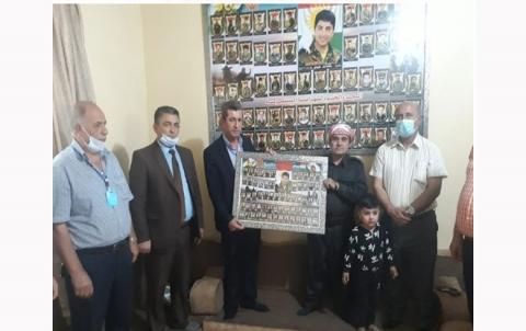 منظمة لشكرى روج للـ PDK-S تزور عوائل شهداء الذين استشهدوا في معركة سحيلا