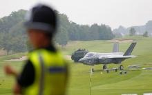 6 طائرات بريطانية
