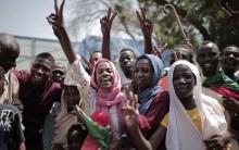 السودان.. توقيع اتفاق تقاسم السلطة خلال المرحلة الانتقالية