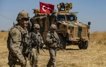 Raqqa.. Turkish forces and proxy factions intensify shelling on western rural Ain Isa town