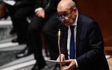 """باريس تعترف بدعم حفتر """"سياسيا"""""""