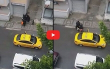 بالفيديو... امرأة سورية تلد طفلها بالشارع بعد رفض سائق تركي نقلها إلى المستشفى